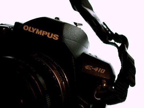 ×OLYMPUS E-410